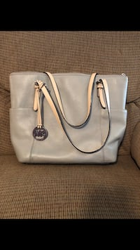 women's white leather tote bag Fort Bragg