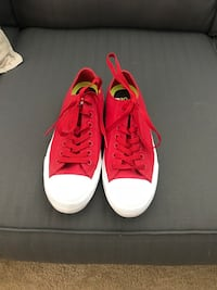 pair of red-and-white low top sneakers Lathrop, 95330