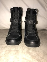 Black wedge boots Size 10 Calgary, T3K 6A4