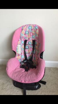 baby's pink and black floral car seat