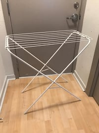 "Clothes dryer - 31"" x 15"" x 32"" 41 km"