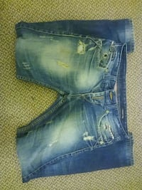 Burberry london jeans size 32