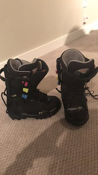 Thirty Two Snowboard Boots sz 7 North Vancouver, V7J 2H6