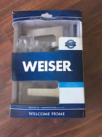 Weiser bed or bath door lock Toronto, M4G 4K3