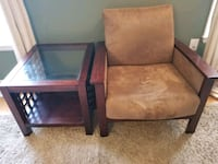 Reduced!   A chair and 2 tables.  Laurel, 20723