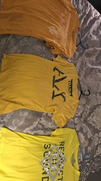 yellow and gray crew-neck t-shirts Dumfries, 22025