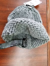Winter hat - beanie. Zara. Brand new