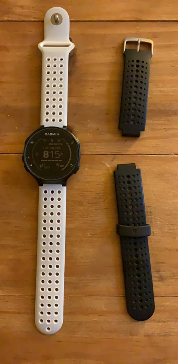 Garmin Forerunner 235 smart watch a8142430-29e5-4d29-aad4-82d0598dd861