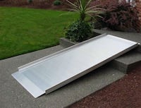 """Wheelchair ramp 7.5' x 33.25""""  Rated a 700 pounds max capacity  Cockeysville, 21030"""