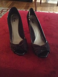 Black patent leather and suade heels Woodbridge, 22192