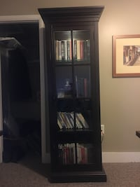 size 40 b6f51 8742a Used Glass-front Bookcase for sale in Rochester - letgo