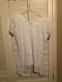 white scoop-neck lace blouse Lubbock, 79423