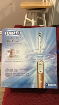 Oral-B rechargeable toothbrush box Hamilton, L8H 5X1