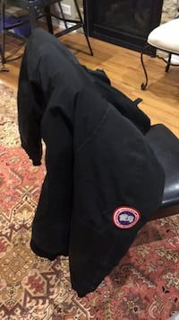 Canada goose bomber jacket  Richmond Hill, L4C 8A5