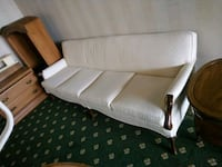 Perfect condition classic 4 seater sofa Markham, L3T 4V9