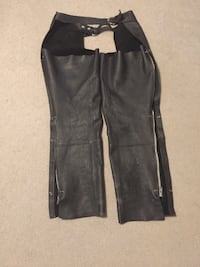 Leather chaps size med
