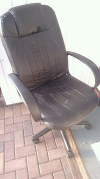 black leather padded rolling armchair Destin, 32541