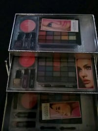red and black makeup palette Columbus, 43232