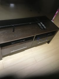 Tv stand Vaughan, L6A 3S8