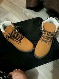 pair of brown leather work boots Orlando, 32839