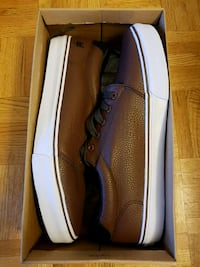 Zoo york brown sneakers new Burnaby, V5H 4E3