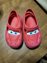 Cars Toddler shoes 5/6.  Hilliard 308 mi