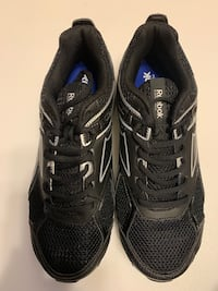 No box but brand new men's running shoes size 8 Toronto, M2M 3Z1