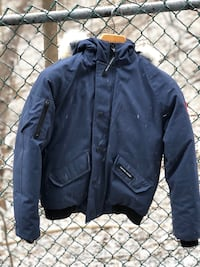 New Condition Canada Goose Bomber Jacket Toronto, M4R