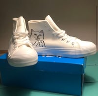 White rip n dip shoes size 5.5 in women New York, 11238