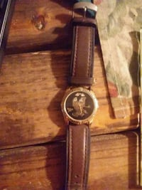 Black hills gold men's watch with leather band  Sioux Falls, 57103