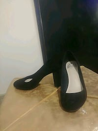 Fergie black high heel pumps size 7 Calgary, T1Y 7B5