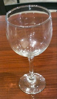 clear glass footed wine glass Fort Lauderdale, 33312