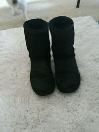 Uggs Short boot black San Jose, 95134
