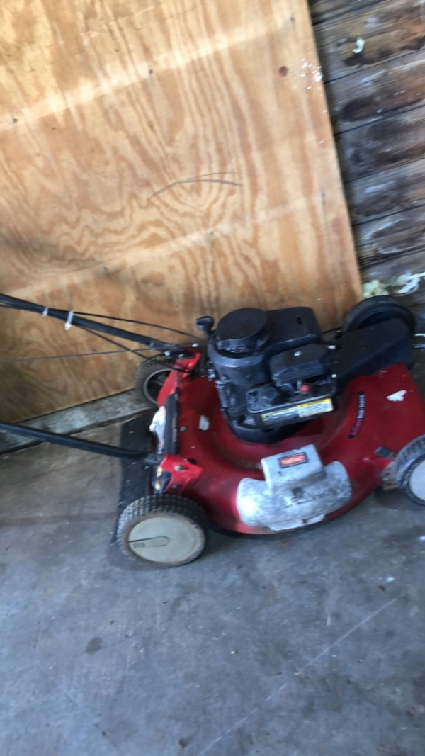 Good toro bilt lawn mower  0