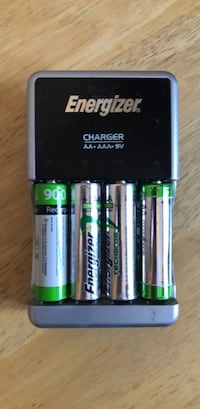 rechargable batteries and charger Altoona, 50009