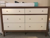 White wooden 6-drawer dresser Los Angeles, 90292