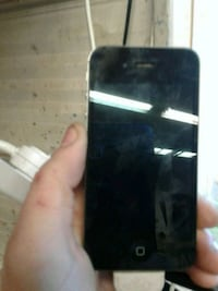 Black iPhone 4s good shape Toronto, M6J