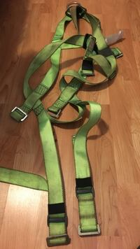 Green and black 3 point full body safety harness - 400 lbs