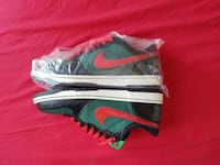 Big Nike dunk low sz 10 mint condition  New York