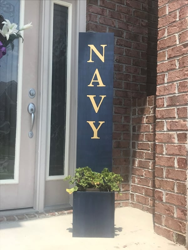 Navy front porch sign/planter 71c4b9ac-a15f-464e-81ef-bb8daa12737a