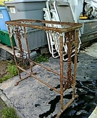 Vintage iron stand for anything you want  Carbondale, 62901