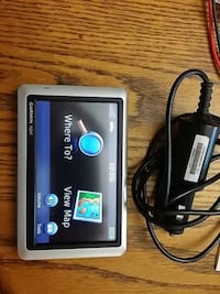 Garmin wide screen gps and charger no mount