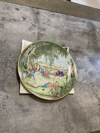 """Collector plate, home decor """" ALICE AND THE WHITE RABBIT """" Boyds, 20841"""