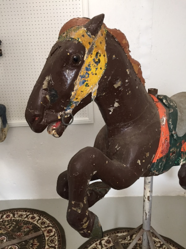 Early 1900s CAROUSEL HORSE - Alan Herschell - Wood - Park Paint, brown 63caca2c-3596-4983-bfc5-ce1749daf481