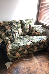 Jungle Vibe couch