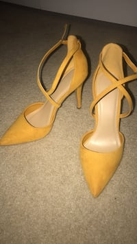 Pair of mustard colored strappy heels Fairfax, 22033