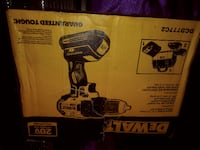 dewalt 20v brushless drill w charger 2batteries and toolbag dcd777c2 (new never opend) OKLAHOMACITY