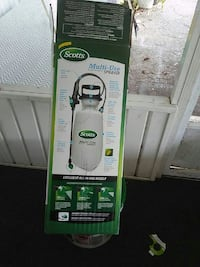 green and black Bissell upright vacuum cleaner box Avon Park, 33825