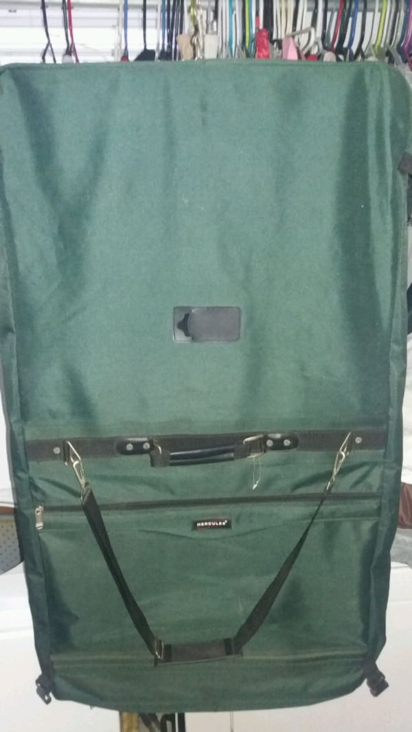Hercules matching Travel luggage 5bf187ee-417a-4227-86d4-c24696fd2a96