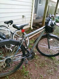 gray and black hardtail bicycle Sterling, 20164